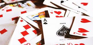 Main Beragam Judi Kartu Di Situs Poker Online